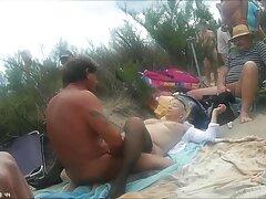 بلوند جوان دوست دارد یک آلت بزرگ در سوراخ شلخته خود بگیرد ویدیو سسکی