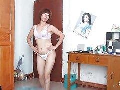 دکمه بزرگ پورن استار آسیایی سزاوار فاک فیلم خارجی سسکی بزرگ است