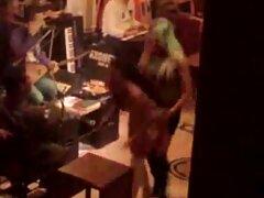 پورن ویدیو سسکی استار سکسی در لباس تنگ