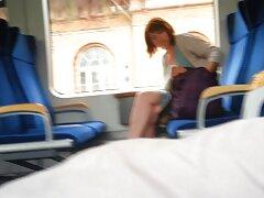 دوست دختر بالغ این عوضی ها فیلم خارجی سسکی بی شرمانه جوانان کامل را روی دوربین نشان می دهد