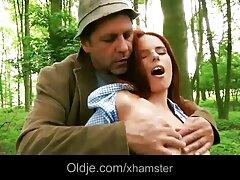 شوهر بیدمشک بیدمشک همسرش را دانلود فیلم سسکی لمس کرد