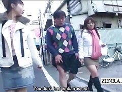 زن بالغ ژاپنی با سینه های زیبا در رابطه جنسی دوست پسر خود به دیک خود به صورت اصلی فیلم سسکی داغ خدمت می کند
